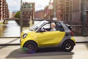 Smart представи новия кабриолет Fortwo