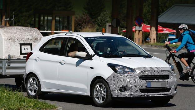 Ford пусна на пътни тестове нов хечбек за Европа