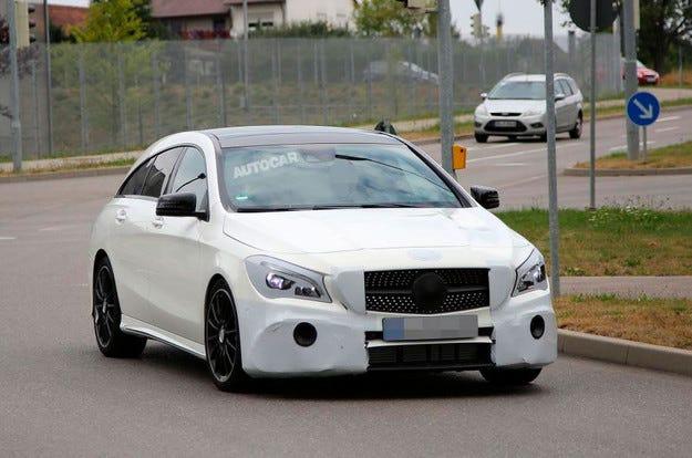 Mercedes ще обнови най-малкото си комби през 2016 г.