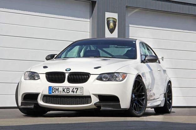 BMW M3 Clubsport: Теглото надолу, мощността нагоре