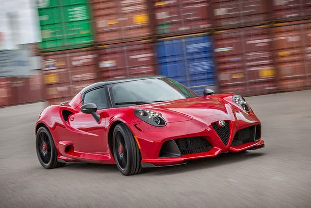 Zender Alfa Romeo 4C Coupé: Карбонов допинг