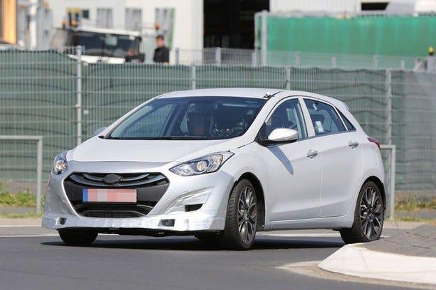 Прототипът Hyundai i30 N: Ето го компактния кореец