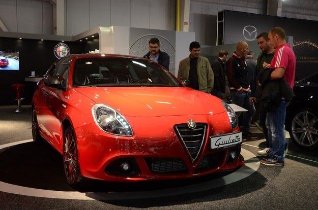 Обновената Alfa Romeo Giulietta краси щанда на компанията
