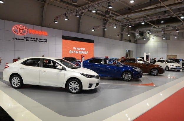 29 продадени коли Toyota и Lexus в първите два дни