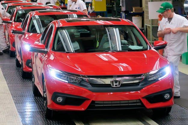 Honda започна производството на новия седан Civic