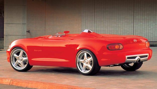 Роудстърът Mazda MX-5 ще получи версии Spyder и Speedster