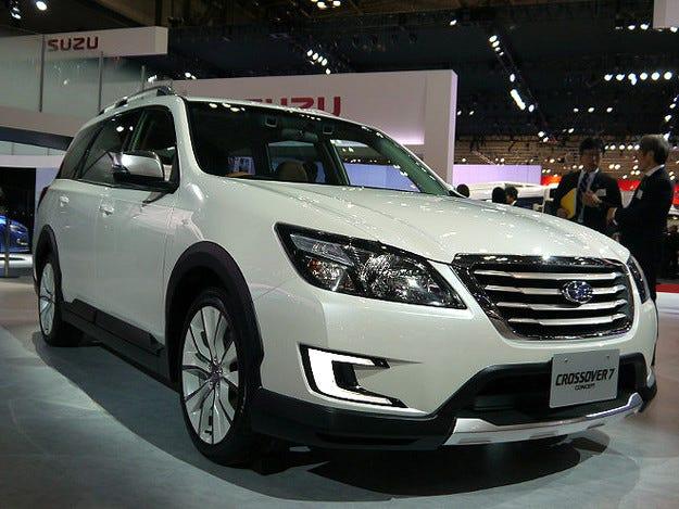 Subaru разработва седемместен кросоувър за 2018 г.