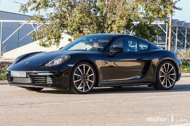 Почнаха финалните тестове на обновения Porsche Cayman