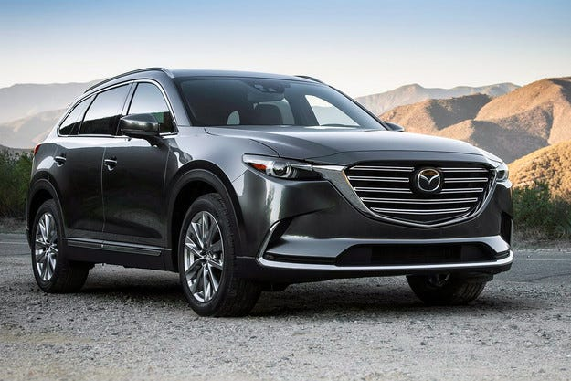 Японската компания Mazda представи новия кросоувър CX-9