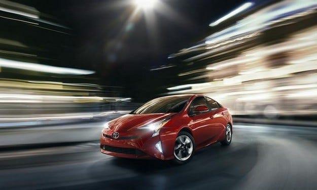 Toyota Prius предлага още по-голяма горивна ефективност