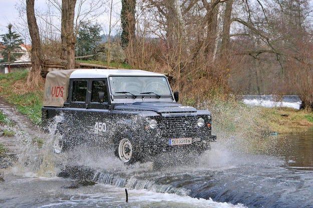 Land Rover Defender VDS Automatik: Безстепенният Landy