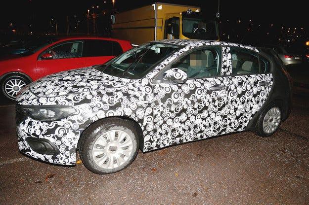 Fiat Tipo Hatchback: Наследникът на Bravo идва през 2016