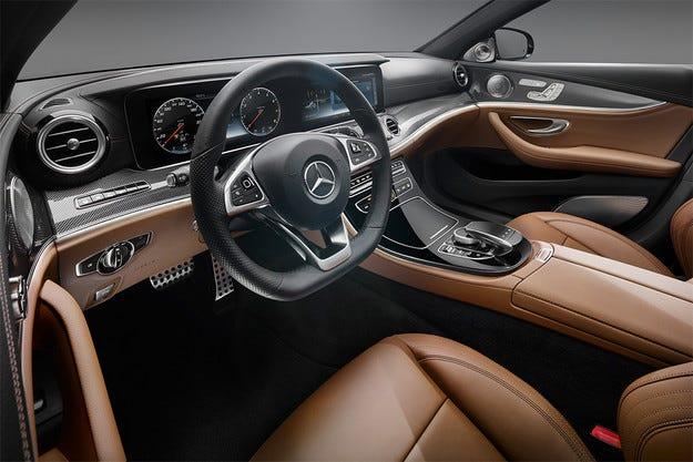 Mercedes разсекрети интериора на новата Е-класа