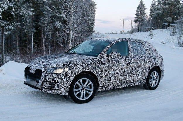 Audi Q5 (2016): Уловен е тайният прототип на кросоувъра