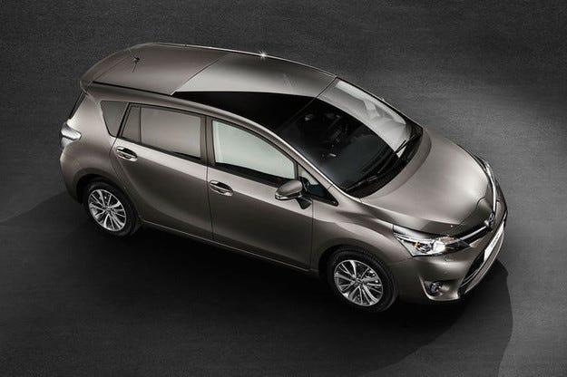Обновяване за Toyota Verso: Стандартно по-безопасен