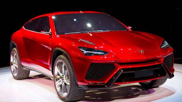 Първият кросоувър Lamborghini остава без автопилот