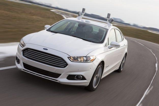 Ford пуска автономен автомобил по пътищата през 2016 г.