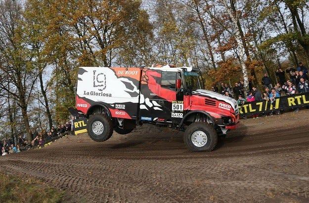 Гумите за камиони на Goodyear готови за Дакар 2016