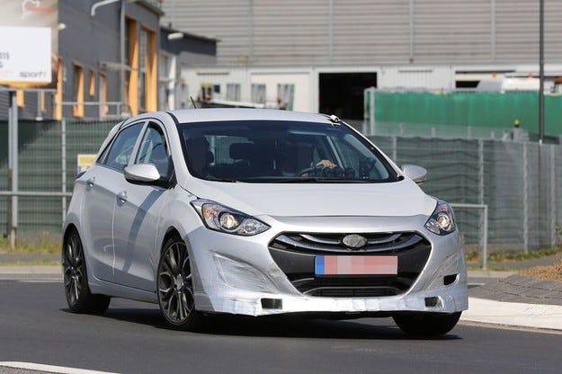 Hyundai i30 N: Ето горещия компактен кореец