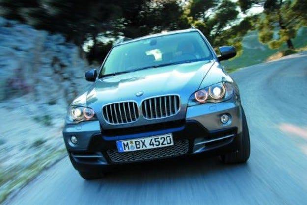 На пътя: BMW X5