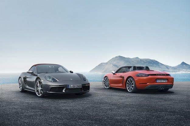 Компанията Porsche представя спортния модел 718 Boxster