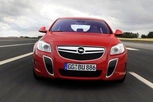 Opel Insignia OPC Unlimited: С 270 км/ч