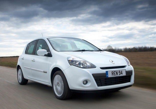 Renault Clio Expression Eco: 1527 километра с едно зареждане