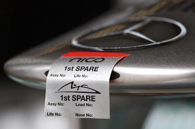 Mercedes работи по система, сходна на F-duct