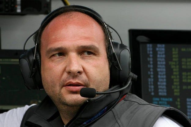 HRT освободи Колин Колес
