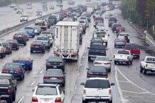 Повече права за водачите на хибридни автомобили