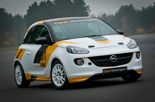 Opel стартира официална рали програма