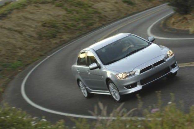 Mitsubishi Lancer Sports Sedan: Легендата продължава