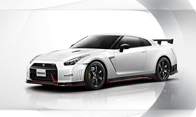 Nissan GT-R Nismo се присъединява към 2014 Nissan GT-R
