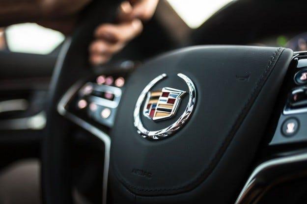 Cadillac планира нов топмодел