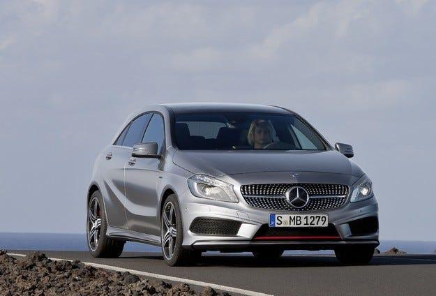 Mercedes регистрира рекордни продажби през март