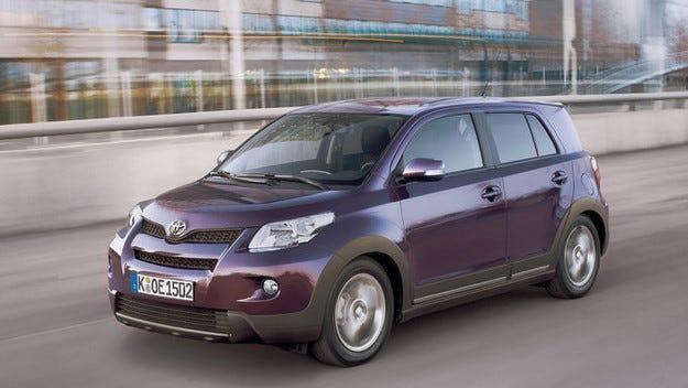 Технически дефекти в милиони автомобили Toyota