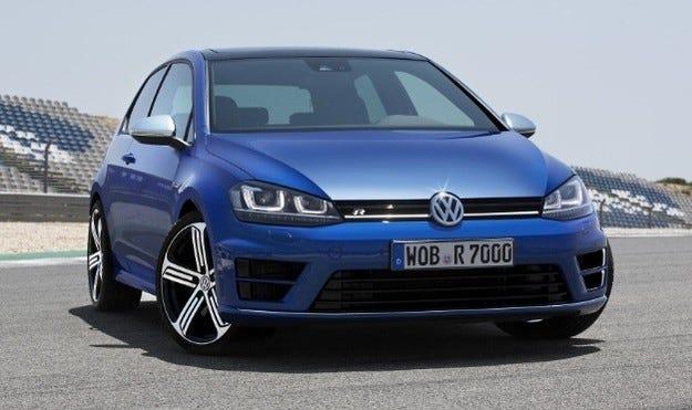 Volkswagen Golf R400 - 400 коня за 40-ия рожден ден