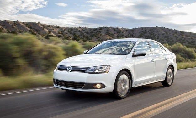 Volkswagen Jetta силно се доближава до Passat