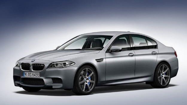 По случай юбилея: Седанът BMW M5 с 600 коня под капака