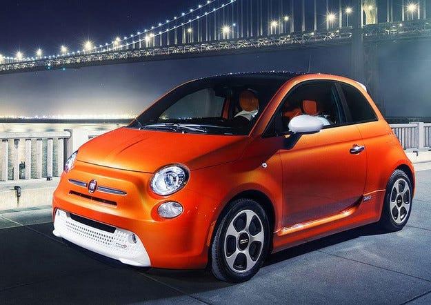 От Fiat молят да не купувате хечбека 500е
