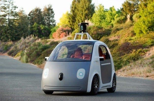 Google започва производство на автомобил с автопилот