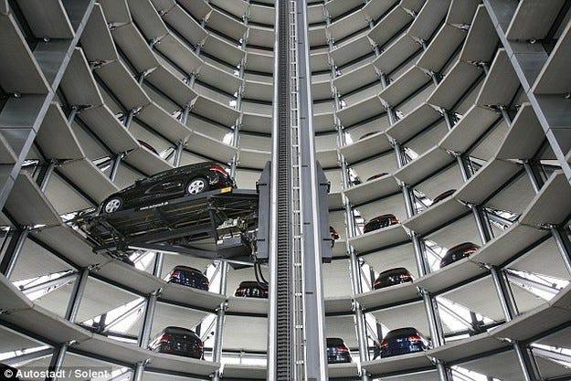 Продажбите на автомобили в Европа леко надолу през май