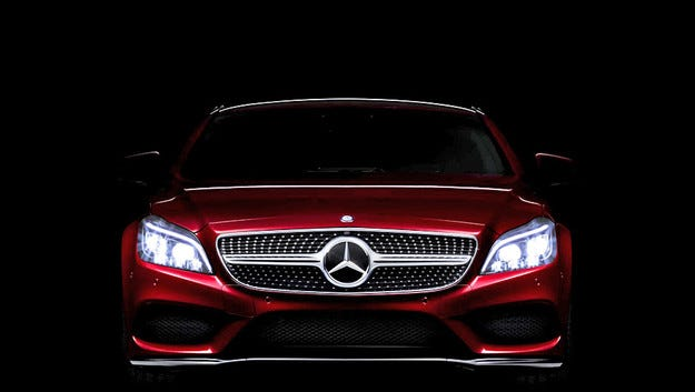 """Обновeният Mercedes CLS ще получи """"умни"""" предни светлини"""