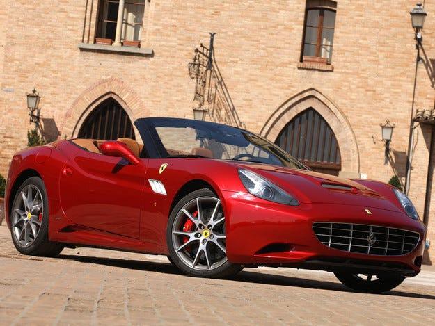 Ferrari ще намали с 20% емисиите на CO2 до 2021