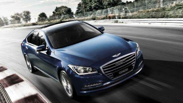 """Hyundai Genesis знае да """"лъже"""" камерите на пътната полиция"""