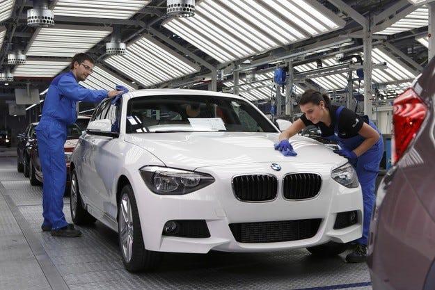 BMW ще строи завод за сглобяване на коли в Мексико