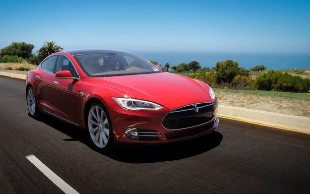 Tesla си върна правото да продава в Китай