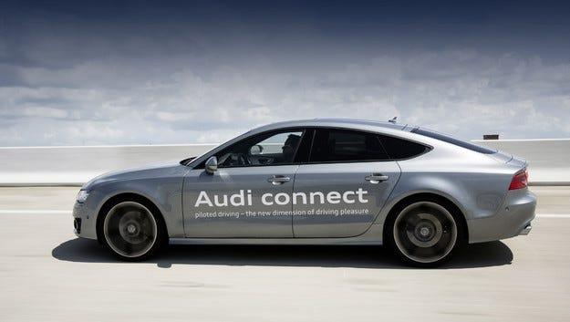 Audi изпита нов автопилот на обществен път