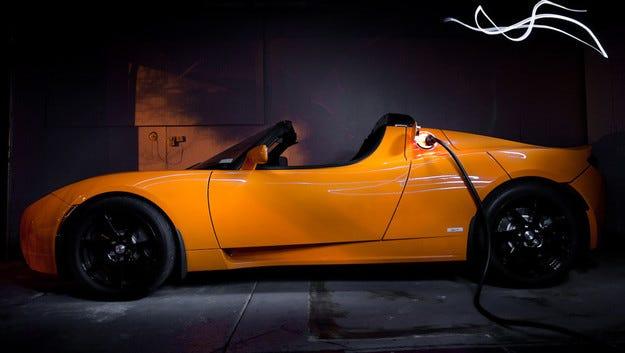 Tesla Roadster с удвоен автономен пробег