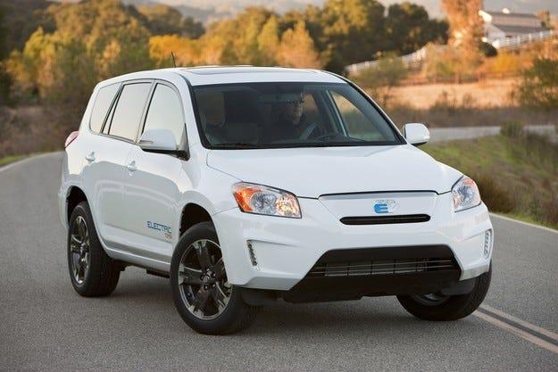 Toyota Motor Corp и Tesla Motors готвят нов електромобил